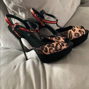 Aldo Black leopard print heels